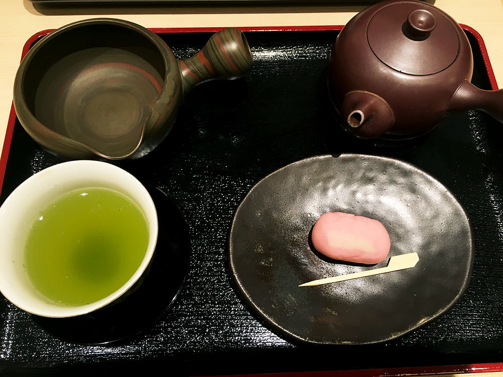 Green tea and Japanese sweets set.
