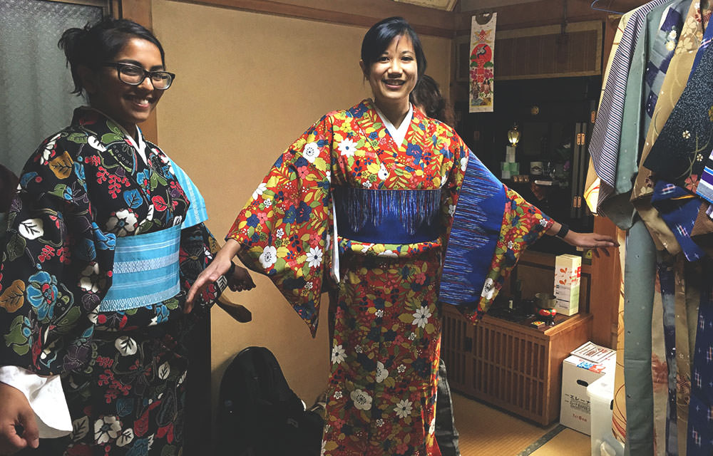 Dressing in Kimono at a tatami room.