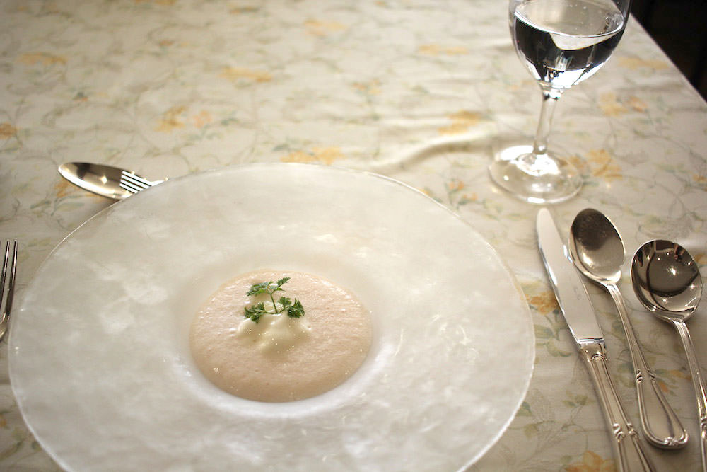 The first dish from CHEZ-MOI's apple French course: cold, creamy apple soup