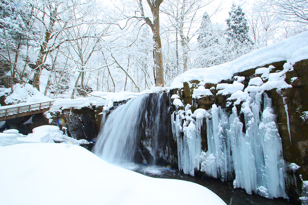 Choshi Waterfall in winter