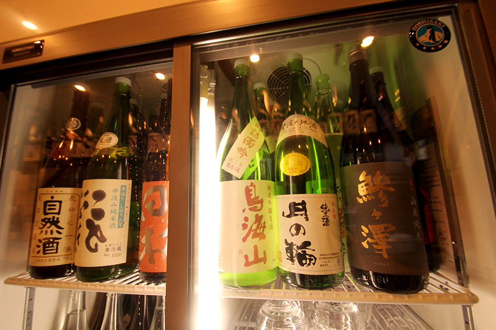 All sake are carefully stocked in the refrigerator to keep the same temperature.