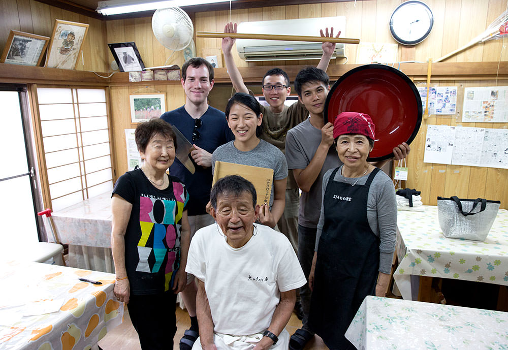 Come join the soba making class!