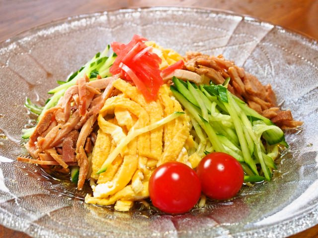 Hiyashi Chuka (cold ramen)